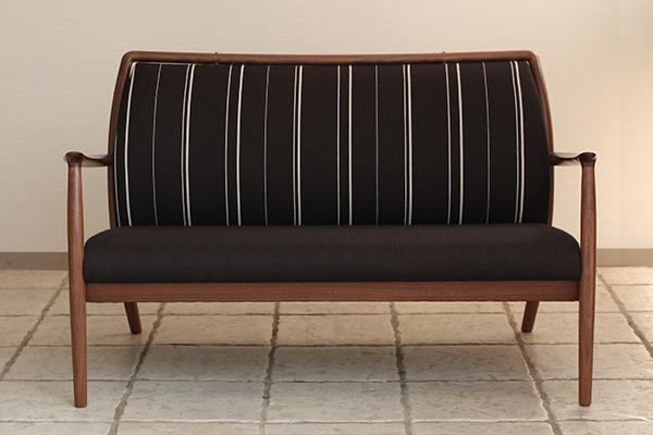 CAJA Sofa W1300 (13).jpg