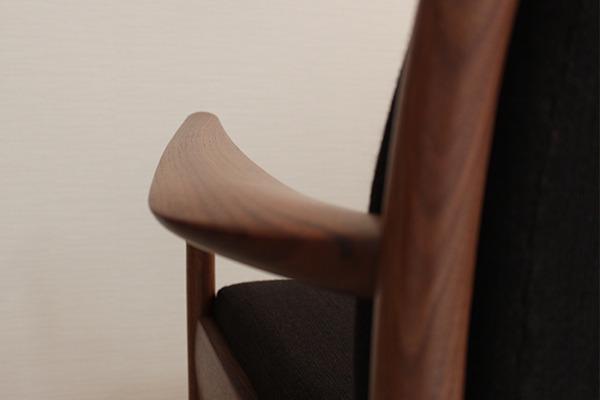 CAJA Sofa W1300 (3).jpg