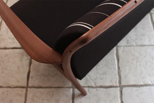 CAJA Sofa W1300 (4).jpg