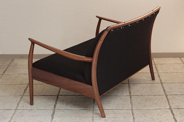 CAJA Sofa W1300 (8).jpg