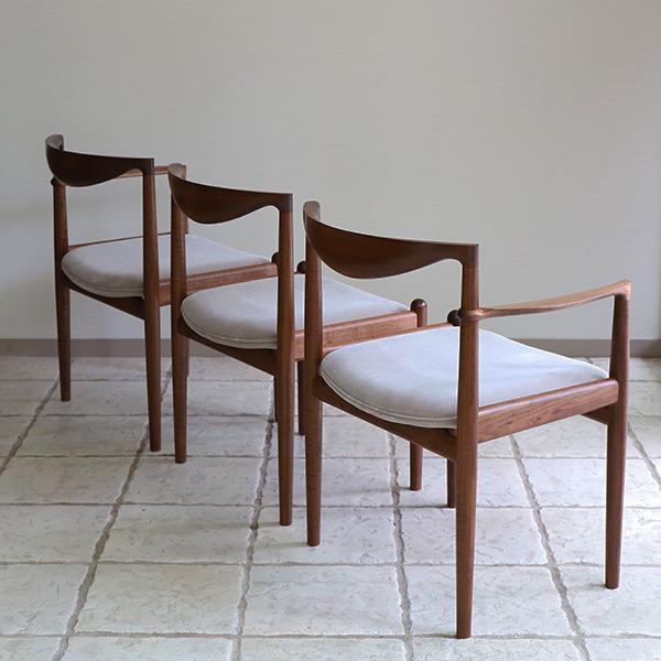 Chair. P5-D(アーム無)& Chair. P5-A(片肘) 中村達薫 - Tatsushige Nakamura (3).jpg