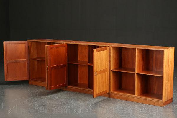 Christian-Hvidt-Cabinet-02.jpg