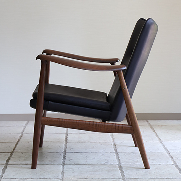 中村 達薫  Easy Chair .Arm low type (4).jpg