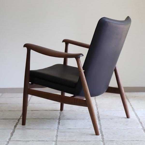 中村 達薫  Easy Chair .Arm low type (5).jpg