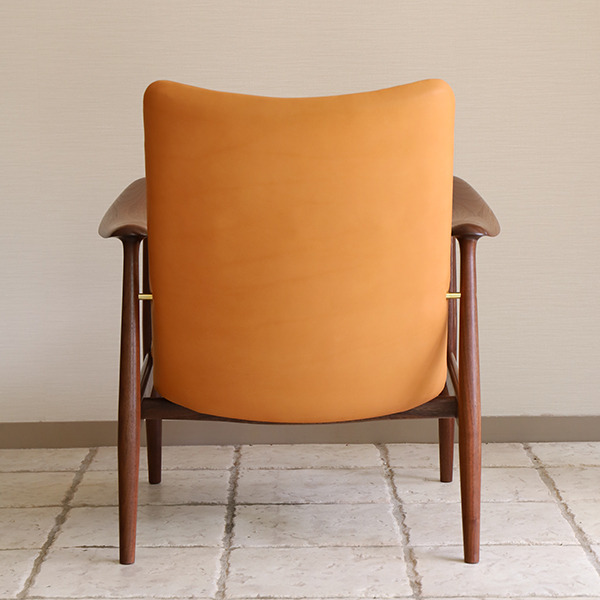 中村 達薫 Easy Chair  high (2).jpg