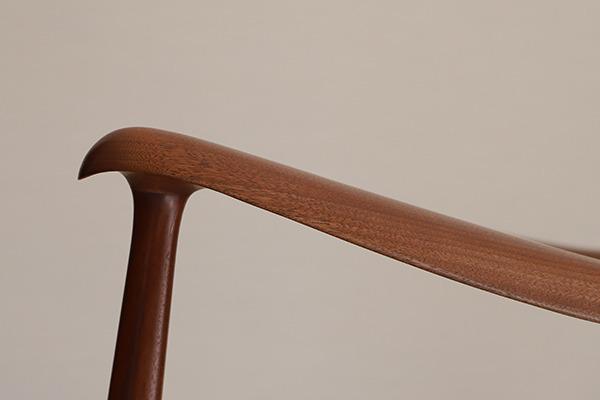中村 達薫 Easy Chair  low (2).jpg