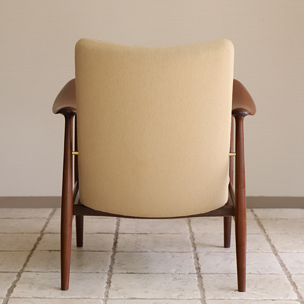中村 達薫 Easy Chair  low (7).jpg