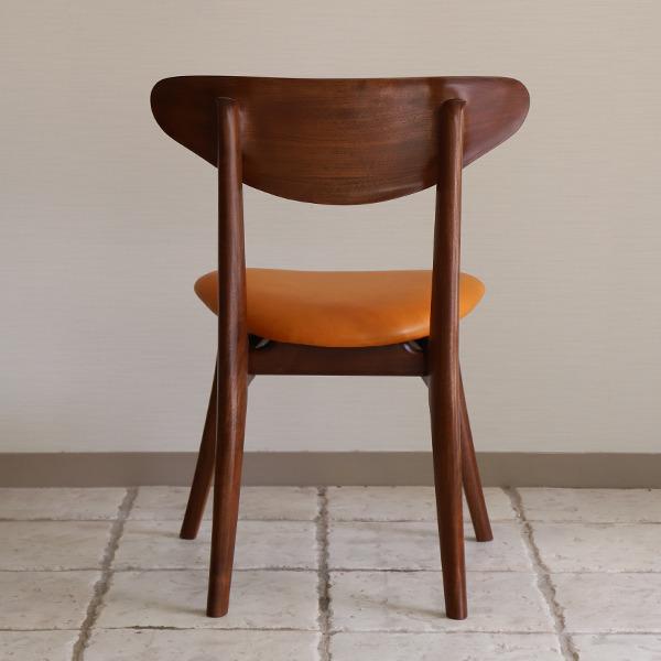 中村達薫  Chair. Bell Sculpture  レザー (7).jpg