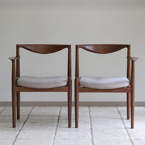 中村達薫  Chair. P5-A (片側アーム) (13).jpg