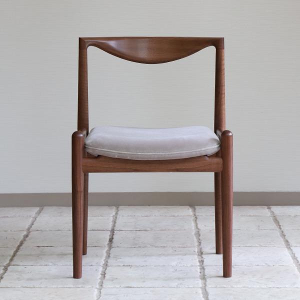 中村達薫  Chair. P5-D(アーム無) (4).jpg