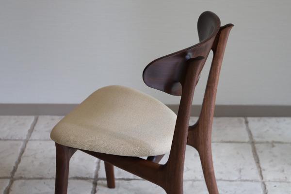 中村達薫  Chair. Sculpture (1).jpg