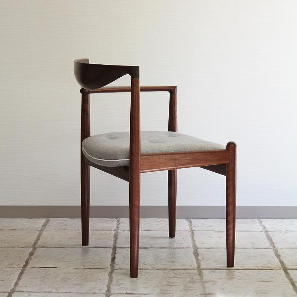 中村達薫  Chair (11).jpg