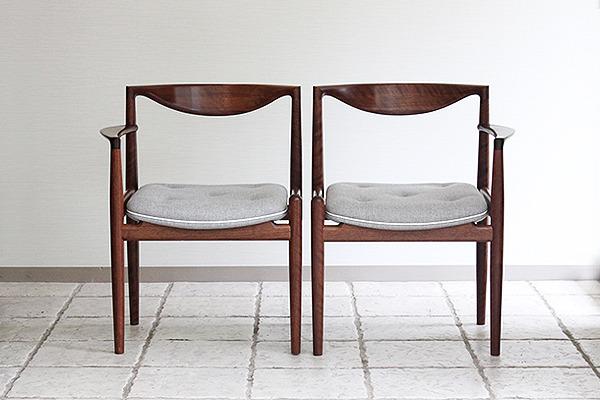 中村達薫  Chair (2).jpg