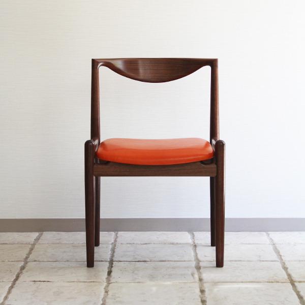 中村達薫  Chair (7).jpg