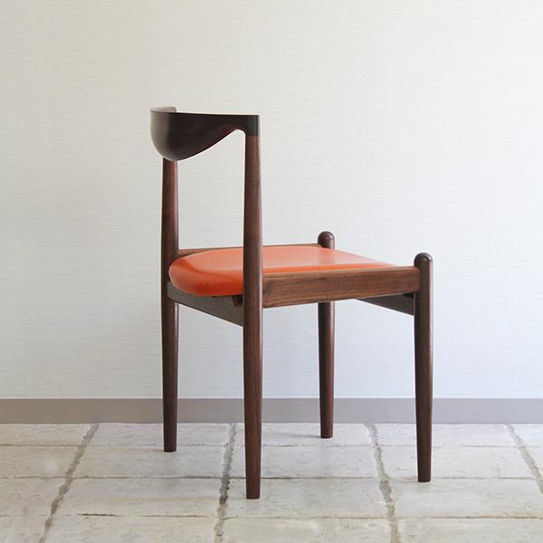 中村達薫  Chair (9).jpg