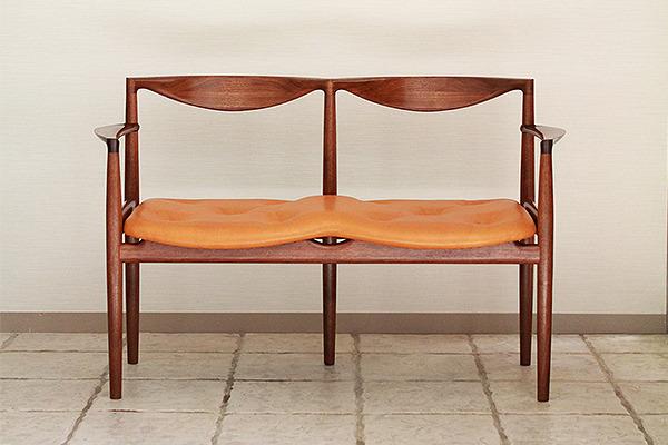 中村達薫  Chair P5-W (3).jpg