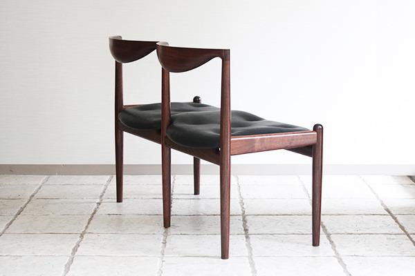 中村達薫  Chair P5-W (4).jpg