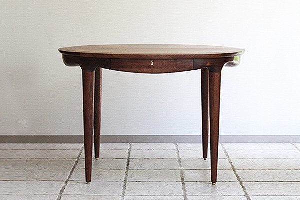 中村達薫  Round Table (11).jpg