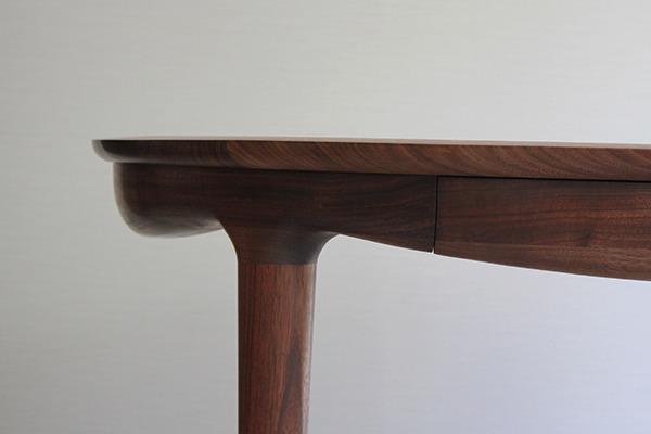 中村達薫  Round Table (3).jpg