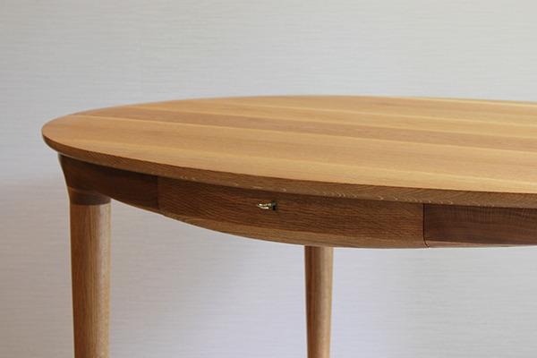 中村達薫  Round Table (7).jpg