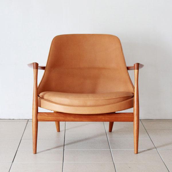 Elisabeth-chair-Mahogany-02.jpg