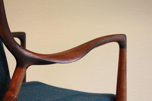 Finn-Juhl--Easy-chair.-NO.45--Niels-Roth-Andersen-04.jpg