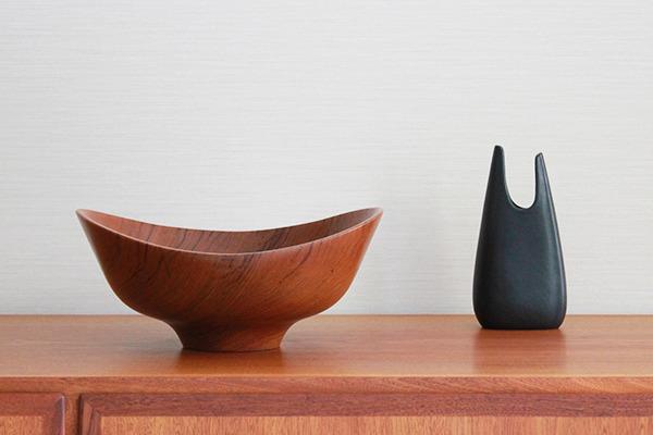 Finn-Juhl--Teak-bowl--Magne-Monsen-for-Kay-Bojesen-02 (20).jpg
