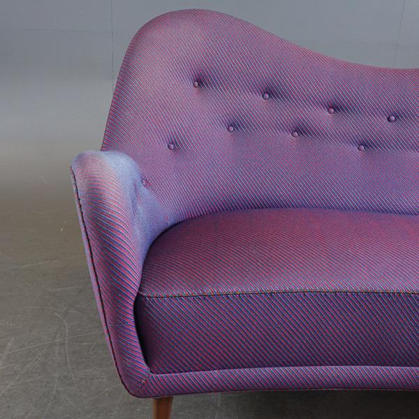 Finn-Juhl-sofa2C-model-46-thumbnail-07.jpg
