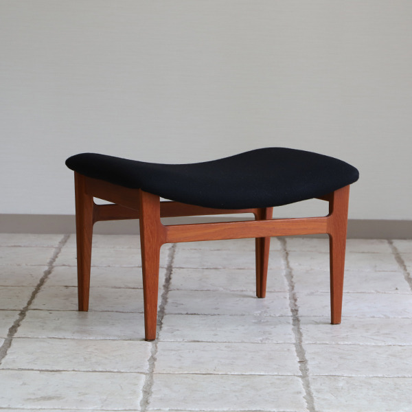 Finn Juhl  Easy chair. FD-138  & ottoman France and son (14).jpg