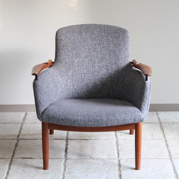 Finn Juhl  Easy chair. NV53 Teak  Niels Vodder-01 (1).jpg