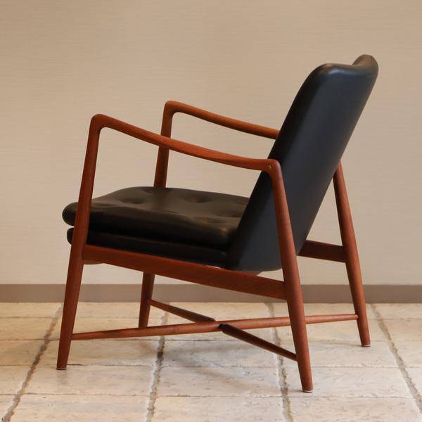 Finn Juhl  Fireplace Chair. BO 59  Bovirke (10).jpg