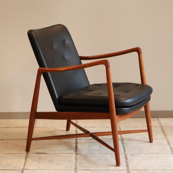 Finn Juhl  Fireplace Chair. BO 59  Bovirke (12).jpg