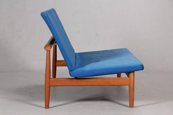 Finn Juhl  Japan sofa .model 137 with footstool  France & Son (2).jpg