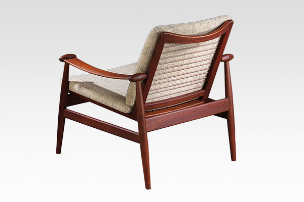 Finn Juhl  Spade chair. FD133  France & son (2).jpg