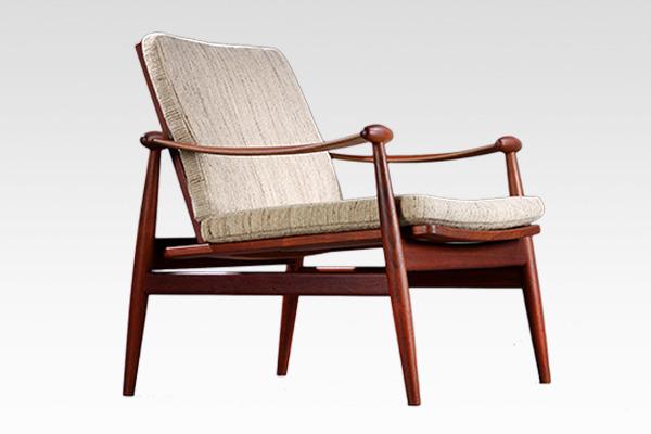 Finn Juhl  Spade chair. FD133  France & son (4).jpg