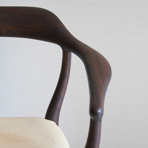 Finn Juhl  armchairs FJ44  One collection-06.jpg