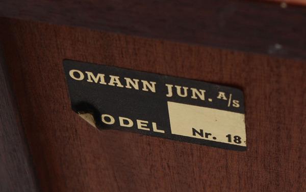 Gunni Omann  Sideboard model no. 18 Omann Jun (1)1.jpg