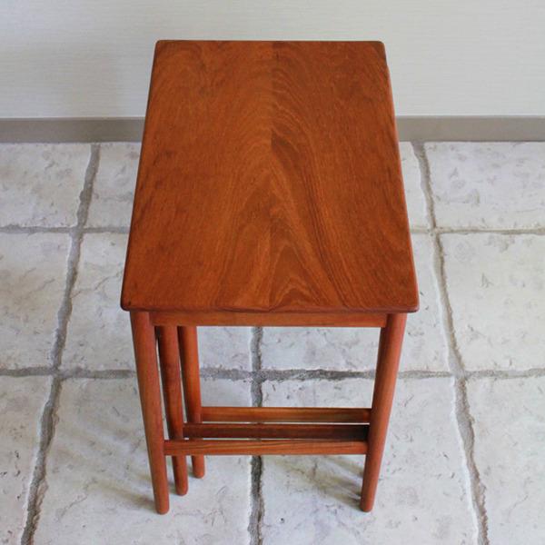 Hans-J.-Wegner--Nesting-Tables--Andreas-Tuck-04.jpg