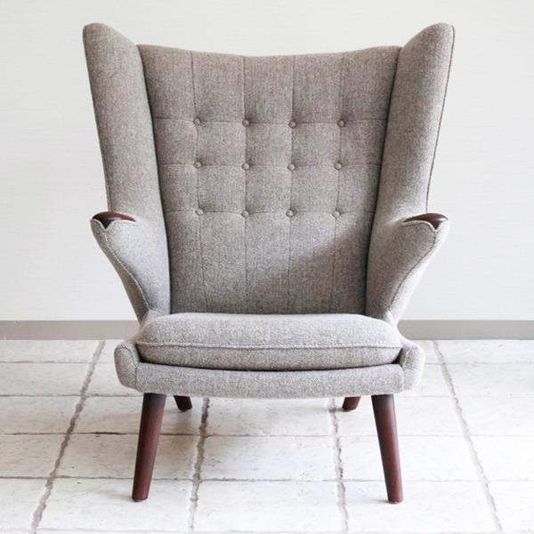 Hans-J.-Wegner--Papa-bear-chair.-AP19-and-ottoman--AP-Stolen-05.jpg