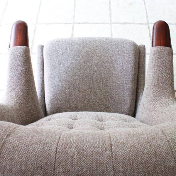 Hans-J.-Wegner--Papa-bear-chair.-AP19-and-ottoman--AP-Stolen-06.jpg