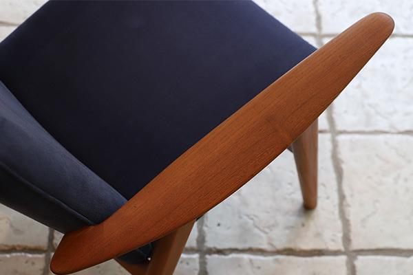 Hans J. Wegner   Easy chair. JH517  Johannes Hansen (5).jpg