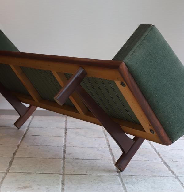 Hans J. Wegner  3 seater sofa. GE236  GETAMA (5).jpg