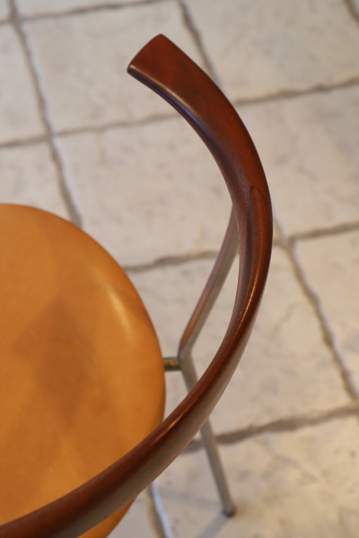 Hans J. Wegner  Armchair. JH-701  Johannes Hansen (7).jpg