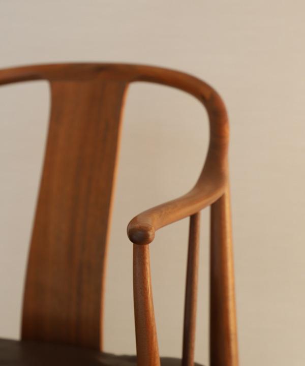 Hans J. Wegner  China chair. Model 4283  Fritz Hansen (12).jpg