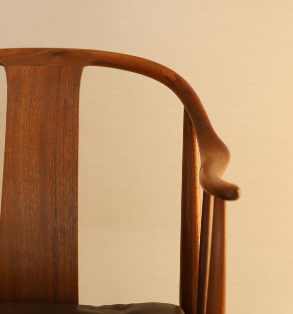 Hans J. Wegner  China chair. Model 4283  Fritz Hansen (1).jpg