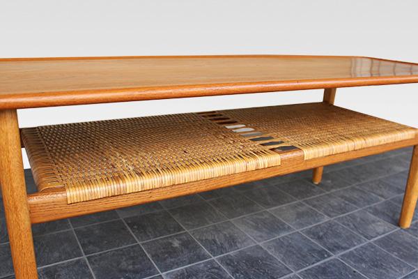 Hans J. Wegner  Coffee table. AT-10  Andreas Tuck (4).jpg