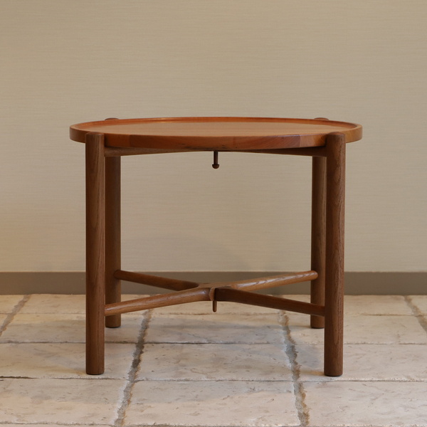 Hans J. Wegner  Coffee table. AT35  Andreas Tuck (6).jpg