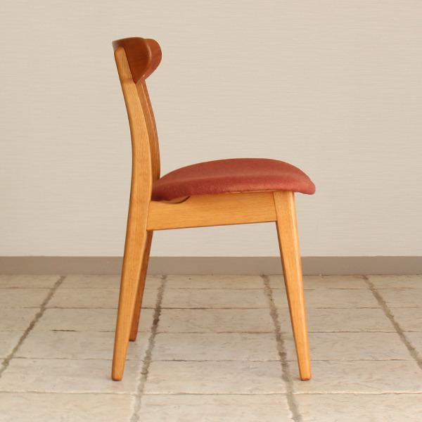 Hans J. Wegner  Dining chair. CH-30  Carl Hansen & Son (2).jpg