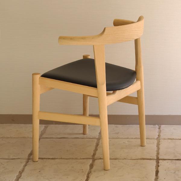 Hans J. Wegner  Dining chairs. PP58  PP Mobler (6).jpg