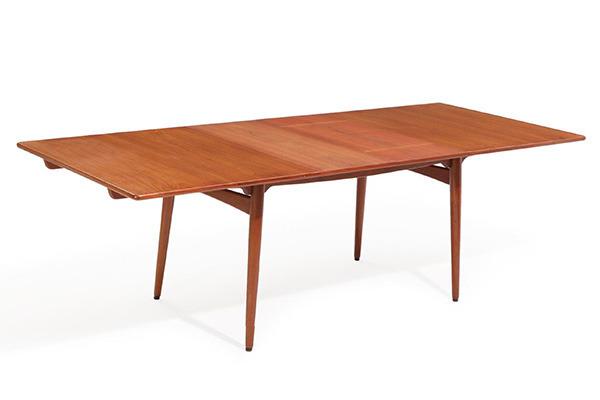 Hans J. Wegner  Dining table. AT-310  Andreas Tuck (2).jpg